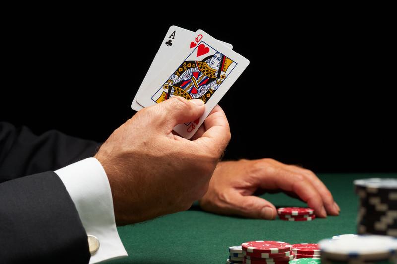 Öka dina chanser att vinna på Slotozilla med en Blackjack strategi!